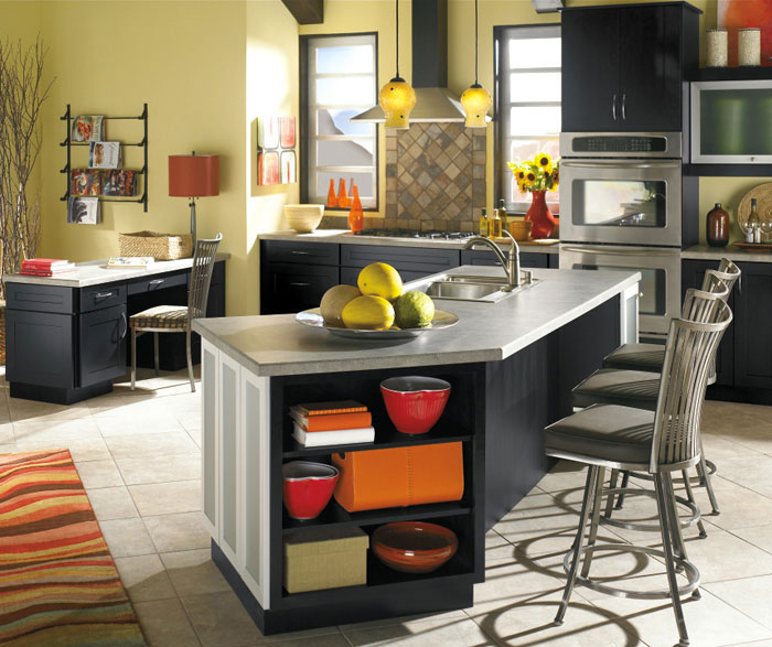 Metro Detroit Bulk Cabinet Suppliers - Custom Countertop Fabrication | KDI Kitchens, Inc. - contemporary_black_kitchen_cabinets